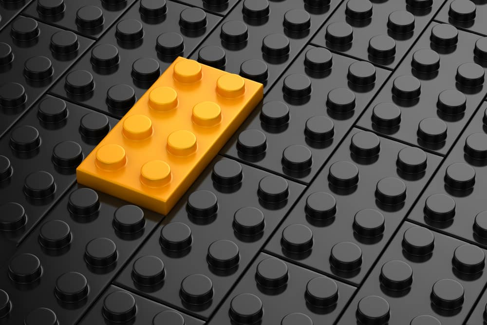 be-different-yellow-lego.jpg